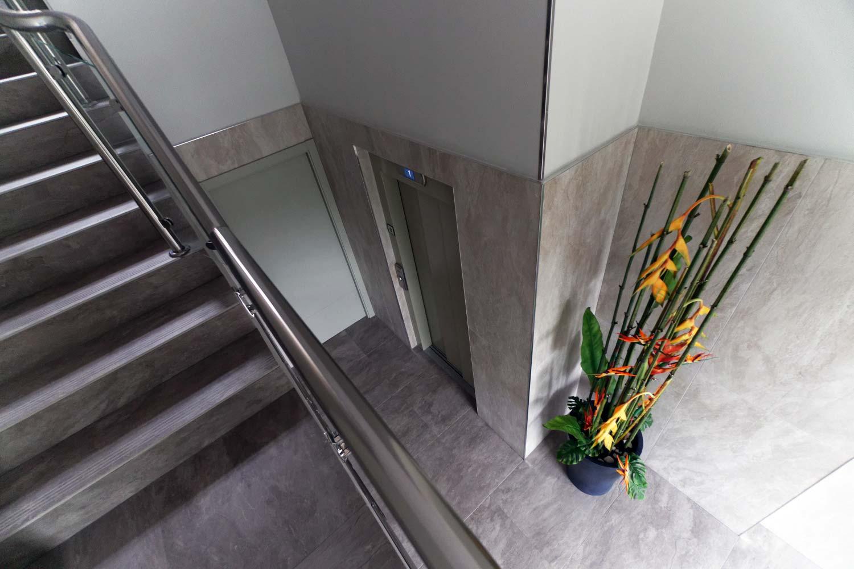 bajada-ascensor-cota-cero